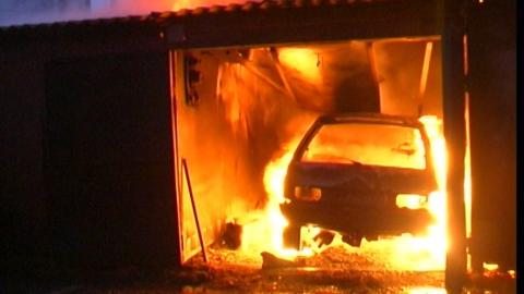 Сгорело два автомобиля