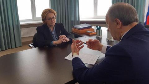 Вероника Скворцова назвала Саратов одним из ведущих медцентров России
