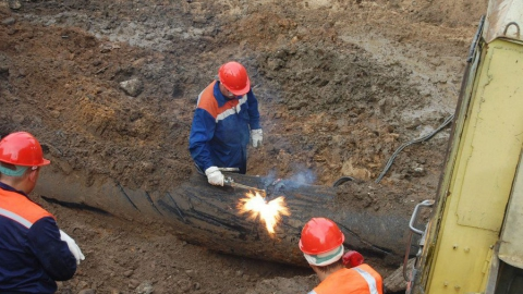 «КВС» завершили замену водовода в Крымском тупике