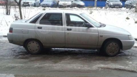 Таксист сдал арендованный у знакомой автомобиль на металлолом