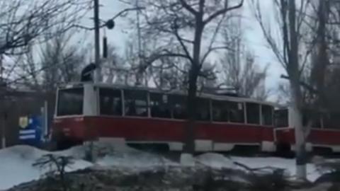 """""""Заяц"""" проехался на крыше трамвая"""