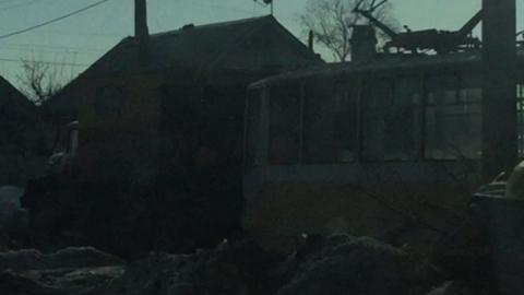 На Ягодной трамвай сошел с рельсов