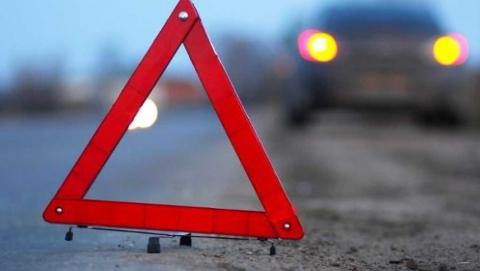 Годовалый ребенок и трое взрослых разбились в аварии