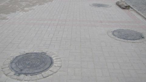 В Саратове энергетики восстанавливают крышки теплотрасс