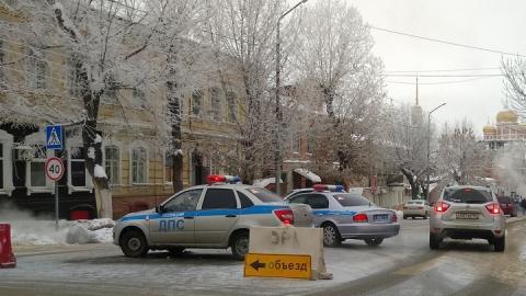 Завтра перекроют несколько улиц Саратова и Энгельса