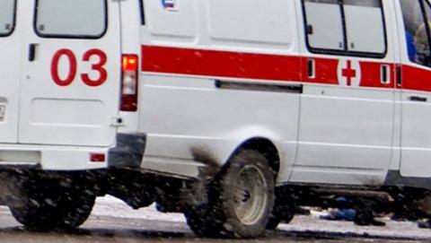 Три человека разбились в массовой аварии на Усть-Курдюмской трассе