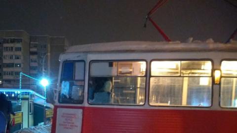 Остановились трамваи 11-го маршрута