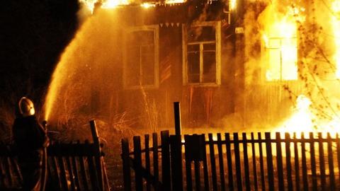 Под утро в селе тушили нежилой дом
