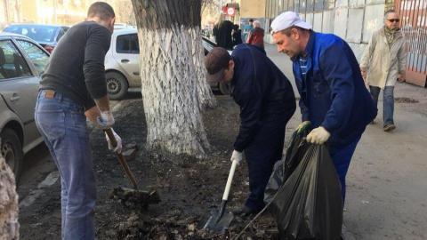 Сотрудники «Концессий водоснабжения – Саратов» принимают участие в месячнике по благоустройству