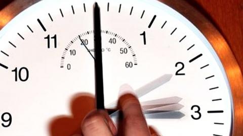 Жительница Казани просит перевести Татарстан на саратовское время