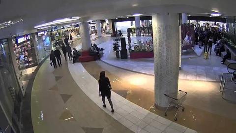 В центре Энгельса толпа подростков избила ребенка