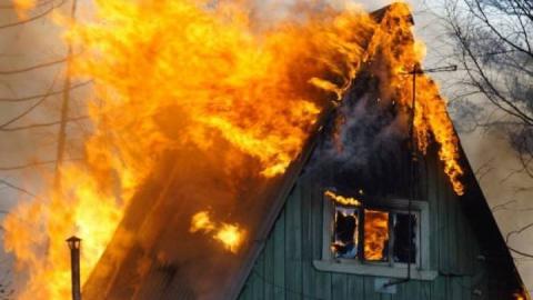 Жителей Саратовской области предупредили о дачных пожарах