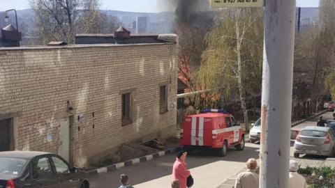 На улице Некрасова горел частный дом. Подробности