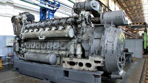 Железнодорожник полтора года продавал детали от двигателей тепловозов