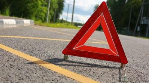 Водитель и пассажир получили ранения в ночном столкновении двух «Лад»