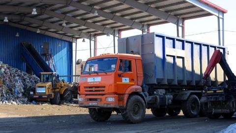 Рекордные 4900 тонн мусора направили на концессионные объекты за выходные