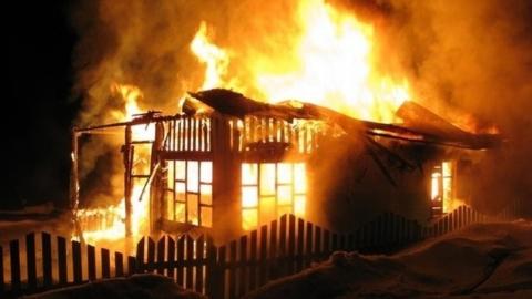 В сгоревшей даче на Зеленом острове погиб мужчина