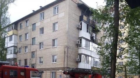 К пятиэтажке в Энгельсе стягиваются пожарные и спасатели