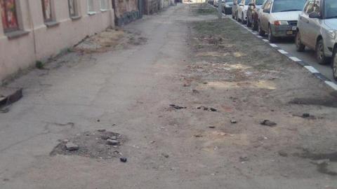 Чиновники пообещали почистить Первомайскую улицу