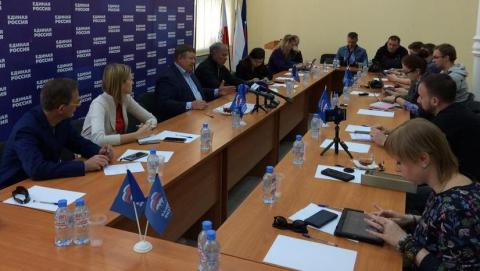 Панков: Спросите оппозицию, подготовили ли они проект поликлиники в Солнечном?