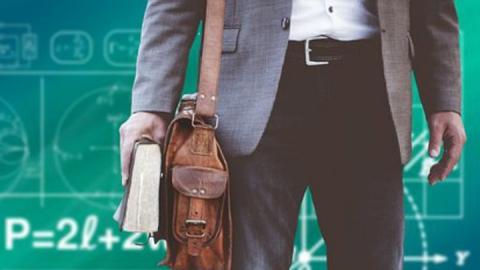 Оштрафованный за поборы с подчиненных директор школы переквалифицировался в учителя
