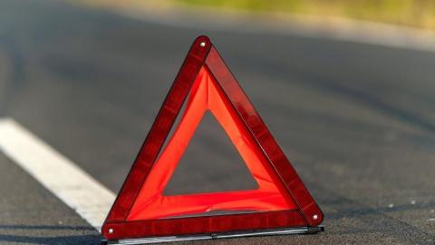 Пять человек ранены в тройной аварии с БМВ Х6,