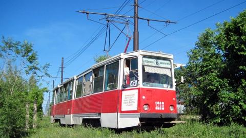 Останавливались два маршрута трамваев