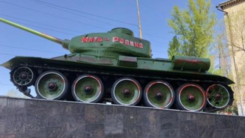 Полицейские задержали ещё одного причастного к разукрашиванию памятника танкистам