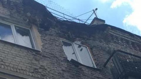 Рухнувшую стену дома на Вишневой должны были отремонтировать в прошлом году