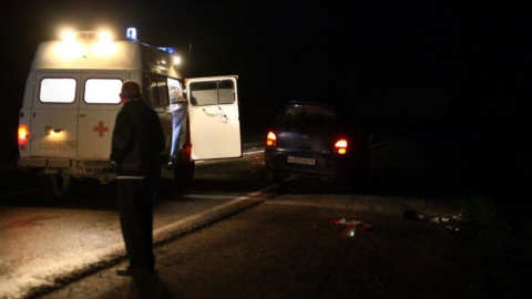 Молодой водитель улетел в кювет на ночной дороге