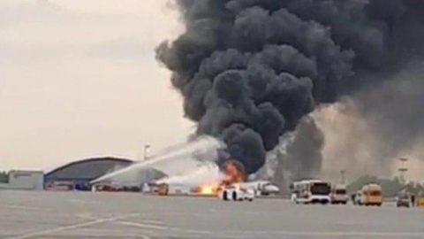 Сгоревший в Шереметьеве самолет прилетел в Москву из Саратова