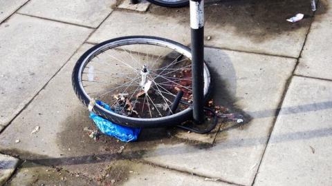 Рецидивист попался на краже велосипеда