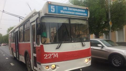 Остановлены два троллейбусных маршрута, один сокращен