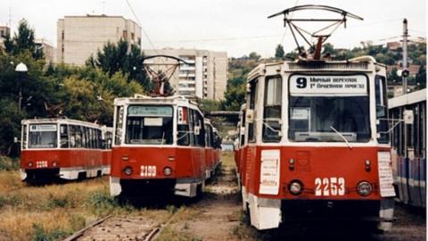 Для саратовцев, выбравшихся в центр на День Победы, пустят дежурные трамваи