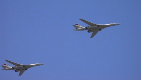 Ту-160 вместо Москвы пролетели над Саратовом
