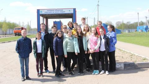 Школьников познакомили с технологиями экологически безопасного обращения с мусором