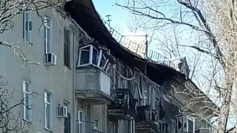 Рухнувшие части стены и крыши дома № 71 на проспекте 50 лет Октября восстановят к осени