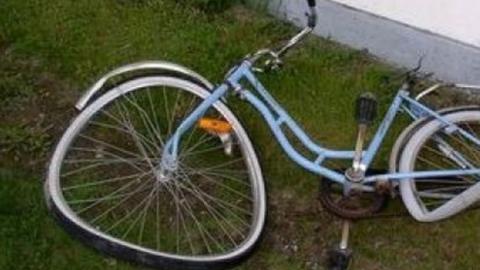 УАЗ сбил 12-летнюю велосипедистку