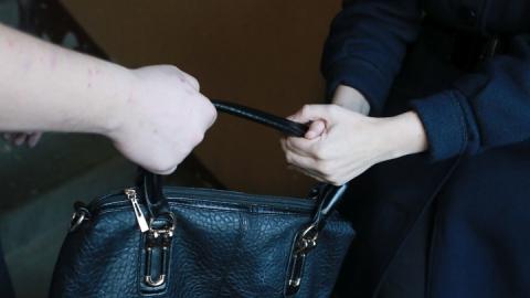 Подростка задержали за нападение на женщину