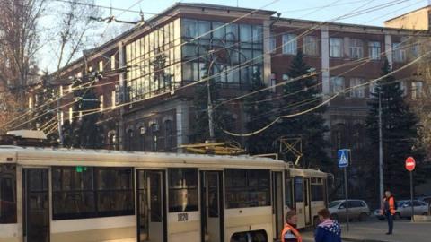 Авария в центре Саратова снова остановила четыре трамвайных маршрута