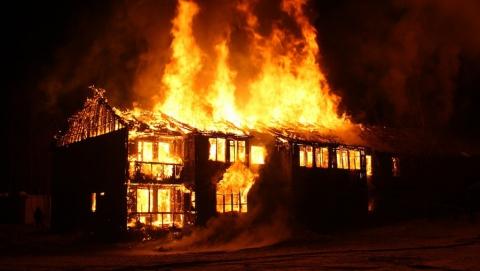 Утром под Балашовом горел нежилой дом