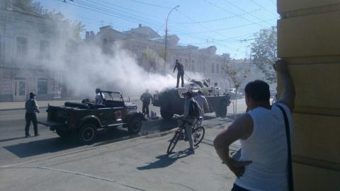 В центре Саратова сгорел бронетранспортер