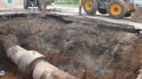 В Саратове продолжается строительство нового  канализационного коллектора