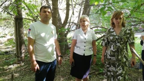 Чиновники провели рейд по опасным домам в Ленинском районе Саратова