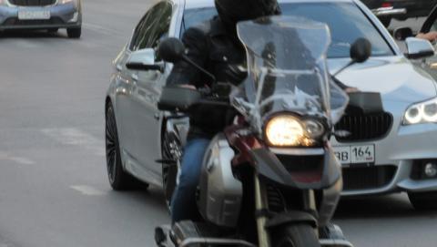 Такси сбило мотоциклиста