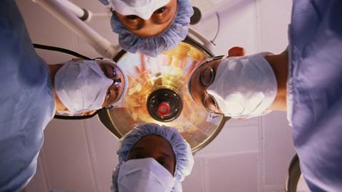 Пациентов разрешили навещать в реанимационных палатах