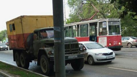 Остановлены трамваи 11-го маршрута