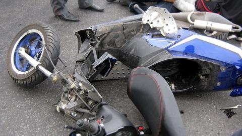Подросток на скутере попал в аварию