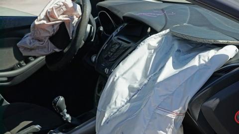 BMW отзывает сотни автомобилей