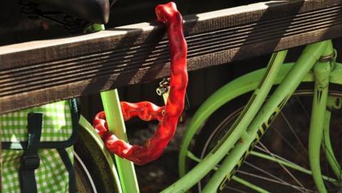 Мужчину подозревают в краже двух велосипедов из подъездов Энгельса